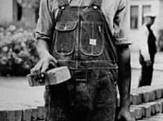 Works Project Administrative Bricklayer, courtesy of the WPA Archive